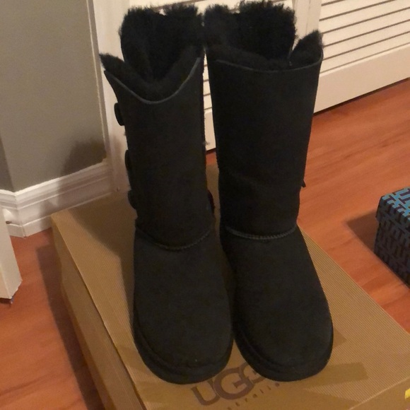 d4ddc75b639 Ugg K Bailey Button Triplet Boots